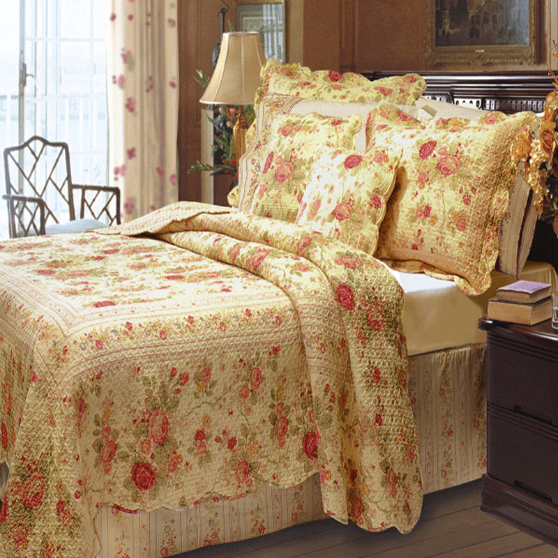 Antique Rose Quilt And Sham Set Bedbathhome Com