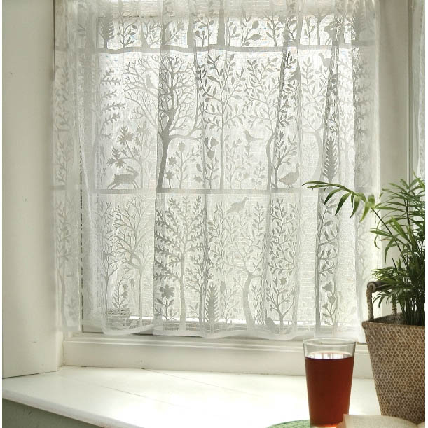 Lace Curtains And How To Clean Them Properly Rabbit Hollow Lace Curtains by Heritage Lace